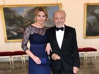 Karel Gott s milovanou manželkou Ivanou