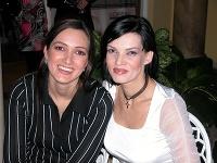 Karin Majtánová a Linda Rezešová v roku 2004