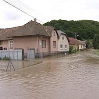 Povodne spôsobili silné búrky s intenzívnym dažďom
