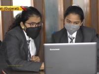 Radhika (vľavo) a Vaidehi