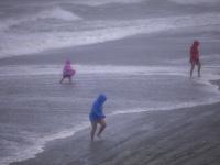 Hurikán Isaias zasiahol pobrežie Severnej Karolíny