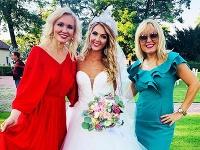 Na svadbe markizáčky Simony Miazdrovej nechýbali ani jej kolegyne Oľga Dúbravská a Nora Krchňáková.