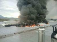 Vo Veľkej Lomnici horí vo výrobnej hale