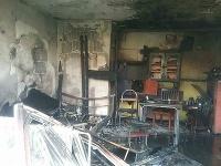 Hasiči zasahovali pri požiari v Seredi