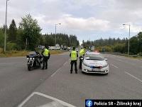 Polícia robí náhodné kontroly na hraniciach