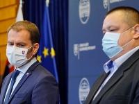 Igor Matovič spolu s Jánom Mikasom oznamuje nové opatrenia.