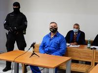 Pred senátom Okresného súdu (OS) Bratislava II pokračovalo hlavné pojednávanie v kauze prípravy vraždy Sylvie Klaus-Volzovej
