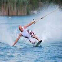 Vyhraj deň plný adrenalínu na wakeboarde