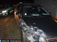Mladík pod vplyvom alkoholu spôsobil dopravnú nehodu