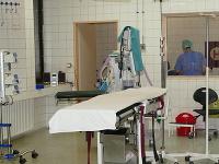 Na snímke oddelenie urológie počas sťahovania do pavilónu chirurgie