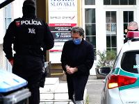 Sudcu Richarda Molnára priviezli na NAKA do Nitry.