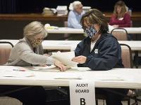 Sčítavanie hlasov v americkom štáte Georgia