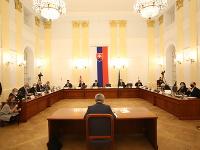 Ján Hrivnák počas verejného vypočúvania pred parlamentným ústavnoprávnym výborom.