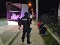 Polícia zadržala nelegálnych migrantov