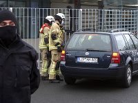 Auto narazilo do plota nemeckej kancelárky Angely Merkelovej
