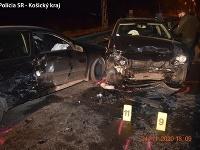 Pri dvojnásobnej nehode utrpel jeden z účastníkov ťažké zranenia