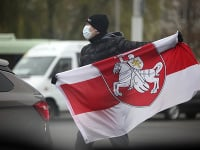 V Bielorusku pokračujú v odstraňovaní symbolov opozície