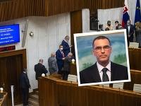 Poslanci hlasujú vo voľbe nového generálneho prokurátora