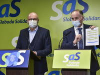 Eugen Jurzyca a Richard Sulík pri predstavovaní plánu obnovy
