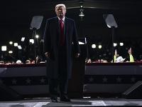 Americký prezident Donald Trump znovu zopakoval svoje tvrdenia, že víťazstvo v amerických prezidentských voľbách mu ukradli.