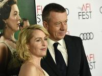 Gillian Anderson a Peter Morgan viac netvoria pár.