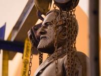 Z budovy Kapitolu odstránili sochu konfederačného generála
