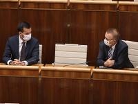 Poslanci Milan Laurečník a Juraj Šeliga