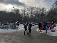 Mestská polícia vyzýva verejnosť, aby využila na prepravu mestskú hromadnú dopravu.