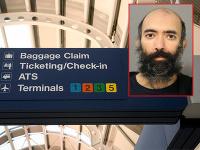 Muž žil na letisku v Chicagu.