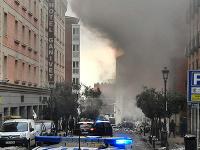 Explózia mala zničiť horné tri poschodia budovy.