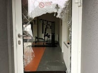 Polícia objasnila krádež športových potrieb zo strednej školy v Senici