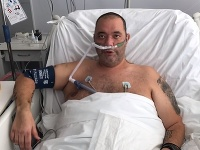 Záchranár Peter sa lieči z covidovej infekcie