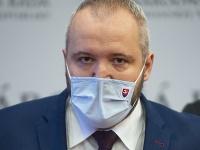 Poslanec Miloš Svrček bojuje o život.