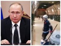 Ruský prezident Vladimir Putin by si mal zahrať v lietadle hokej.