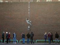 Banksyho dielo na múre bývalej väznice