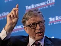 Bill Gates si myslí, že pandémia skončí až v roku 2022.