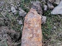 Muž našiel v Jurkovej Voli delostrelecký granát