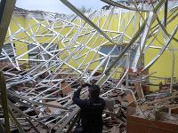 Indonéziu zasiahlo silné zemetrasenie