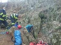 V katastrálnom území obce Hubina uviazla v jaskyni osoba