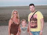 Petr Kramný so svojou manželkou a dcérou.