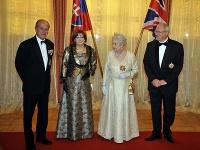 Princ Philip a kráľovná Alžbeta II. boli pred 12 rokmi na Slovensku.