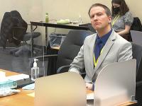 Policajt, ktorý usmrtil Floyda Derek Chauvin