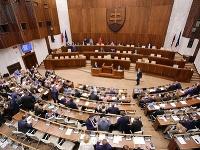 Parlament konečne hlasoval o programovom vyhlásení vlády