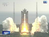 Štart čínskej rakety Long March 5B s prvým modulom vesmírnej stanice.
