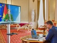 Premiér Eduard Heger a Angela Merkelová