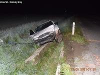 Šoféra, ktorý nemá vodičské oprávnenie a v dychu mal 2,60 promile alkoholu, umiestnili do cely policajného zaistenia.