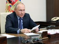 Vladimir Putin podľa experta rozpúta vojnu.