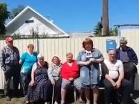 Obyvatelia sibírskej dediny vo videu pre Angelu Merkelovú