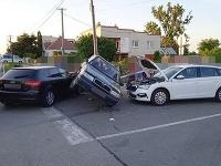 Dopravná nehoda na križovatke v Dvoriankach
