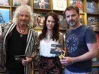 Peter Nagy pokrstil nový album Petrolej